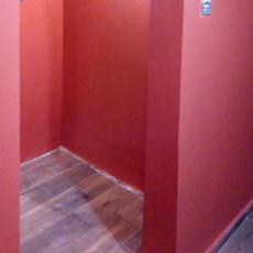 Боядисване с латекс в коридора