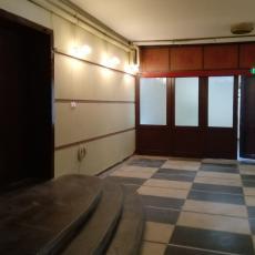 Ремонт на входа на Студентския дом